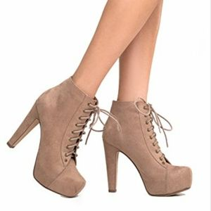 ♡Tan suede ankle chunky high heels♡